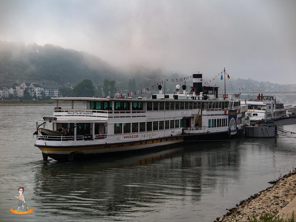 Schifffahrt durchs Rheintal Raddampfer Goethe