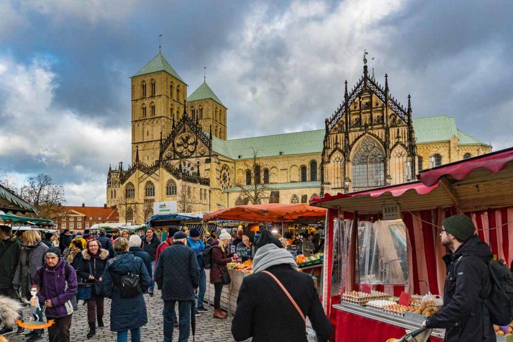 Wochenende in Münster Domplatz